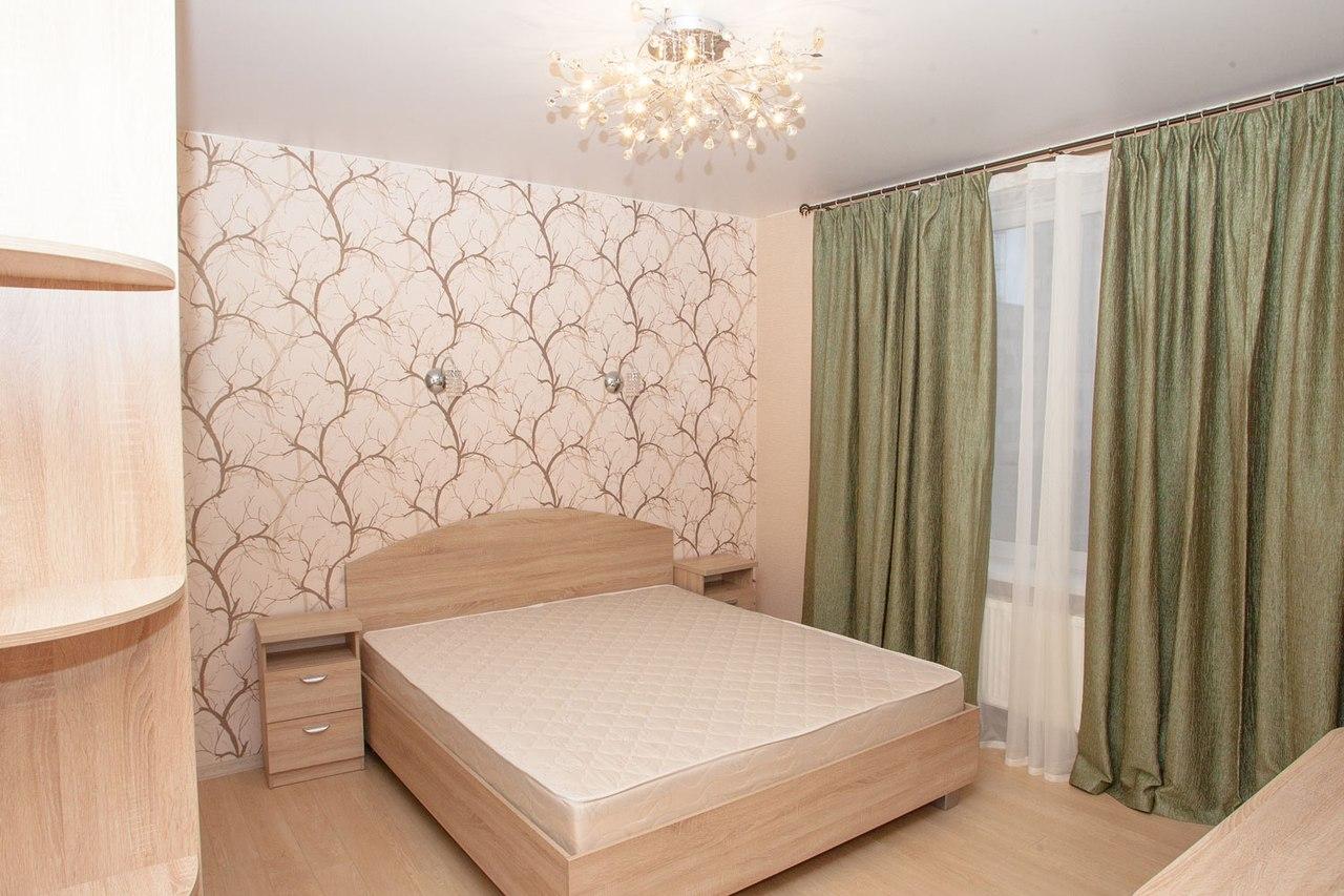 тюрьмы, где матовый натяжной потолок в спальне фото колёсико